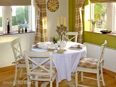 2382 - The Rest, Ashbourne, Peak District #cottage #diningroom #relaxingbreak