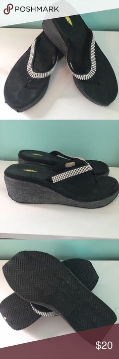 Volatile brand wedge sandals They have been worn a few times but still in great condition! Volatile Shoes Sandals