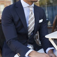 Men's suits Suit and tie Dapper Gentleman Dapper Gentleman, Modern Gentleman, Gentleman Style, Terno Slim, Style Masculin, Well Dressed Men, Suit And Tie, Business Attire, Looks Style