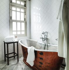 The Cabochon Hotel Bathtub Plumbing, Clawfoot Bathtub, Affordable Hotels, Cheap Hotels, Small Boutique Hotels, Colonial Mansion, Elegant Dining Room, Tile Design, Mansions