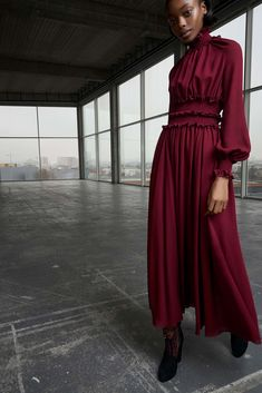 Giambattista Valli Pre-Fall 2018 Fashion Show Collection