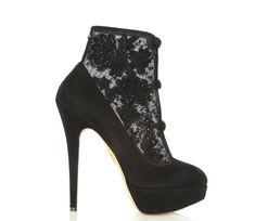Charlotte Olympia http://www.vogue.fr/mode/shopping/diaporama/les-35-chaussures-stars-de-la-saison/9368/image/565639#charlotte-olympia