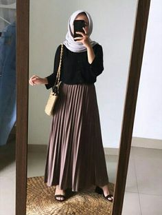 Hijab Casual, Ootd Hijab, Modest Fashion Hijab, Modern Hijab Fashion, Muslim Women Fashion, Street Hijab Fashion, Hijab Fashion Summer, Fashion 90s, Fashion Outfits