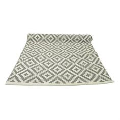 Give your kitchen or hallway a new look with the lovely small Gås rug from Boel