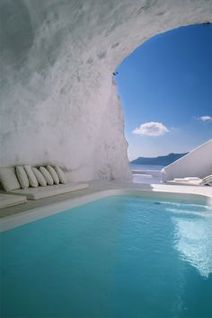 Santorini #pool #vacation #getaway #Santorini #Greece