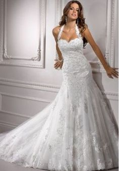 This dress is EVERYTHING! Lace Halter Sweetheart Mermaid Wedding Dress (my dream dress)
