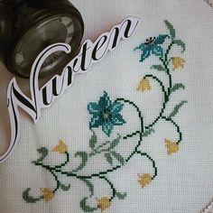 No automatic alt text available. Cross Stitch Designs, Cross Stitch Patterns, Cross Stitch Embroidery, Elsa, Diy And Crafts, Crochet, Embroidery Ideas, Farmhouse Rugs, Crochet Edgings