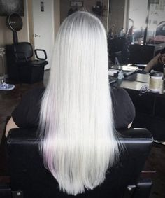 Stunning Types to Elevate Your Platinum Blonde Hair. Platinum blonde hair is widespread as a result of the truth that pure blonde hair could be very Ice Blonde, Light Ash Blonde, Blonde Hair Blue Eyes, Platinum Blonde Hair, Purple Hair, Cute Hair Colors, Pretty Hair Color, Going Blonde, Shades Of Blonde