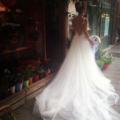 -Haute couture and luxury wedding and evening dress for brides -