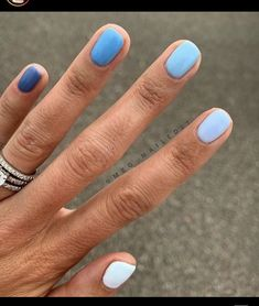 meg_nailedit I am loving color gradient manis! Picked out all colors in very denim vibes to 🔹🧵👖💙 Also has the most drool worthy nail beds, if you can believe it these nails are trimmed alllllllllll the way down 💦 thanks for the great pic! Gradient Nails, Cute Acrylic Nails, Pastel Nails, Glitter Nails, Rainbow Nails, Holographic Nails, Stiletto Nails, Rainbow Pastel, Dark Nails