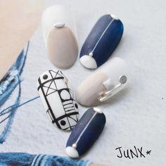 "260 Likes, 5 Comments - Community of nail designers (@nailsoftheday) on Instagram: ""Нетривиальные сочетания👍 author @nori.naileyelash 💜 - nailsoftheday.com #маникюрдня #ногти…"""