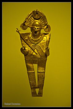 One of the coolest museums ever -- Museo del Oro, Bogota, Colombia. Archaeological Discoveries, Mesoamerican, Effigy, The Old Days, Ancient Artifacts, Beautiful Places To Visit, Ancient Civilizations, Art Music, South America