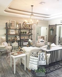 30 Rustic Farmhouse Living Room Design and Decor Ideas for Your Home. 30 Rustic Farmhouse Living Room Design and Decor Ideas for Your Home. Farmhouse Living Room Furniture, Home Living Room, Living Room Designs, Living Room Decor, Chabby Chic Living Room, Apartment Living, Casas Shabby Chic, Diy Home Decor Rustic, Modern Chic Decor