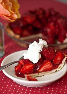 Food | Dessert | Strawberry pie | Yummy