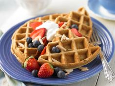 Waffle Parfait http://www.prevention.com/food/healthy-eating-tips/breakfasts-boost-your-brain/waffle-parfait