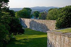 Québec city wall
