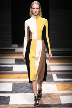 Salvatore Ferragamo - Fall 2015 Ready-to-Wear - Look 5 of 41