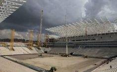 Disastro in brasile, crolla uno stadio dei Mondiali #brasile #2014