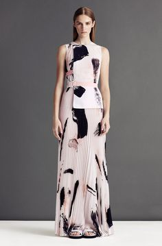Christopher Kane 2013 - ADORE the pleats - HATE the sandals!
