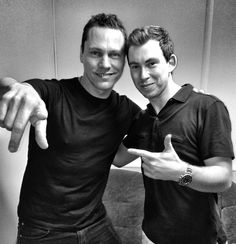 Hardwell & Tiesto. Two Awsome DJs. AWW YEAH!!!!!!!!!!!!!!!!!!!!!!!!!!!!!!!!