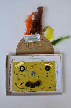 maskers in een oude puzzeldeksel