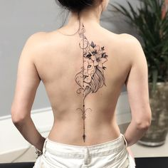 Gorgeous Back Tattoo Designs That Will Make You Look Stunning; Back Tattoos; Tattoos On The Back; Back tattoos of a woman; Little prince tattoos; Elegant Tattoos, Sexy Tattoos, Beautiful Tattoos, Body Art Tattoos, Sleeve Tattoos, Tatoos, Bow Tattoos, Cross Tattoos, Flower Tattoos