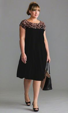 Casual Dress Plus Size For Women Over 40 This Fall Winter 25 Xl Mode, Mode Plus, Casual Dresses Plus Size, Plus Size Outfits, Plus Size Fashion For Women, Plus Size Women, Curvy Fashion, Plus Fashion, 2000s Fashion