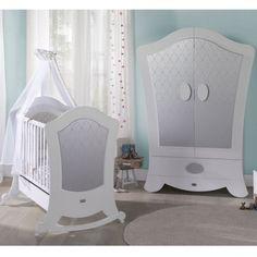 Habitación de Bebé Micuna Ambiente Alexa blanco plata armario. Muebles y complementos de la colección #Alexa blanco plata #armario de Micuna para crear la habitación de bebé ideal para recibir al recién nacido.