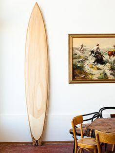Decoration Surf, Surf Decor, Surfboard Brands, Deco Surf, Wooden Surfboard, Surfboard Art, Surfboard Shapes, Surf Shack, Beach Shack