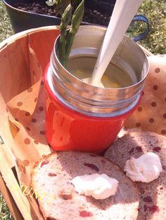 昨日焼いたどこを切ってもドライフルーツと胡桃ゴロゴロパンと冷凍してあったコーンスープと♪ さて!洗濯機がピー!って鳴ったぞ~♪ - 41件のもぐもぐ - ゴロゴロパンとコーンスープモーニング♪ by MUNI3