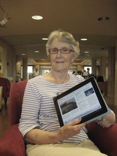 Senior Living residents and technology | Seniors for Living