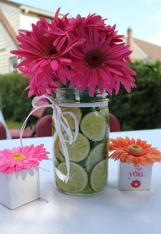 daisy arrangement ideas | Gerber Daisy Centerpiece | Wedding Ideas!