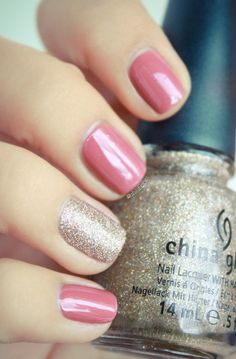 Pink with silver-gold glitter accent nails... Ooooo silver-gold!