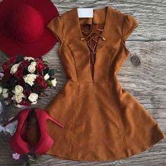 Dile 'hola' al vestido de Stradivarius que pegará con el 99