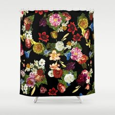 Mysterious and moody, dark backgrounds provide a fresh new take on florals. Try out the trend with one of our 5 product picks. Published: January 29, 2018
