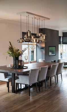 Best and stylish dining room lighting ideas 2 Dining Room Design, Dining Room Table, Living Room Decor, Living Spaces, Style Salon, Dining Room Lighting, Kitchen Decor, Sweet Home, House Design