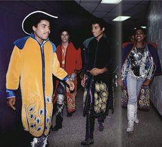 Tito Jackson, Michael Jackson, Jackie Jackson, and Randy Jackson backstage of Triumph Tour.