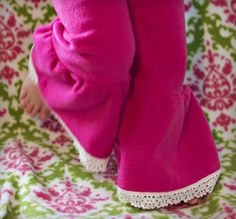 Fun and girly these fleece pants are easy to make.  The .pdf pattern is available for download for free