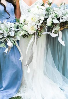 Icy blue, brilliant white, powdery blue-green // Rachel May Photography