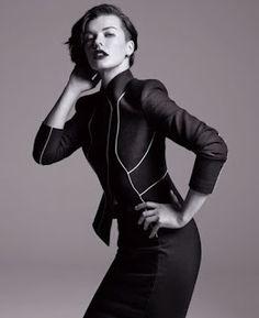 "UH Magazine- Catherine/Julie Gayet imbragallata""Marella"" come Milla Jovovic?"