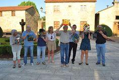 SantiagoeComarca: Ames - remata con éxito o obradoiro de vidreiras  Julio 2012