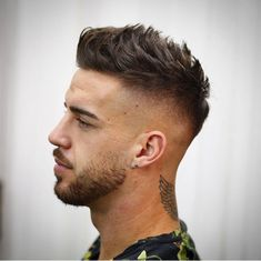 Coupe homme - Dress World for Men Cool Hairstyles For Men, Trendy Haircuts, Haircuts For Men, Barber Haircuts, Men's Haircuts, Funky Hairstyles, Trending Hairstyles, Formal Hairstyles, Girl Hairstyles