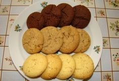 Finom teasütemény Vaj, habverős Muffin, Cookies, Breakfast, Cake, Food, Crack Crackers, Morning Coffee, Biscuits, Kuchen
