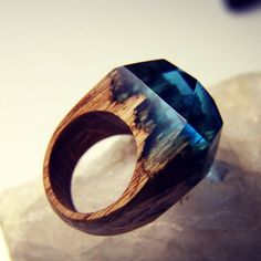 魔力が宿っていそう。どれ一つとして同じものはない秘密の森の木の指輪「Secret Wood」 : カラパイア