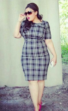 Curvy navy and white plaid dress Plus Size Dresses, Plus Size Outfits, Dresses For Work, Curvy Girl Fashion, Plus Size Fashion, Petite Fashion, Moda Xl, Moda Feminina Plus Size, Mode Plus