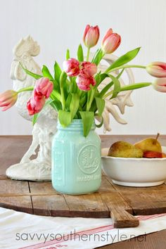 Savvy Southern Style: French Farmhouse Style Vignettes