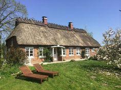 Das reetbedeckte Appelhus aus dem neunzehnten Jahrhundert ist aufwendig renoviert und hochwertig eingerichtet. Alles für Ihren perfekten Urlaub!!
