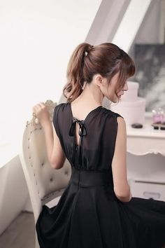 Japanese Fashion - V -neck chiffon  sleeveless A word dress - AddOneClothing - 4