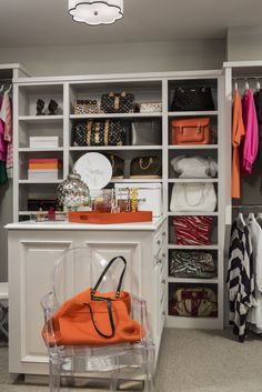 Closets - Walk In Closet - Design photos, ideas and inspiration. Amazing gallery of interior design and decorating ideas of closets, girl's rooms by elite interior designers - Page 2 Master Closet, Closet Bedroom, Closet Space, Walk In Closet, White Closet, Bag Closet, Closet Tour, Closet Storage, Closet Organization