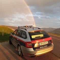 """Gefällt 1,438 Mal, 13 Kommentare - Polizei im Bild (@polizei_im_bild) auf Instagram: """"Die Natur weist uns den Weg 🌈 Welcher Schatz erwartet euch am Ende des Regenbogens? 😉 📸 PI…"""" Vehicles, Instagram, Police, Nature, Pictures, Car, Vehicle, Tools"""